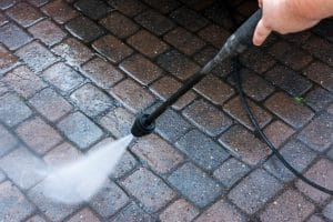 5 Features to Compare When Buying a Hot Water Pressure Washer