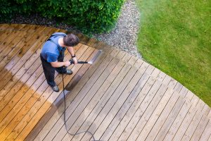 Do You Need a Residential or Commercial Grade Power Washer? Learn the Main 3 Differences